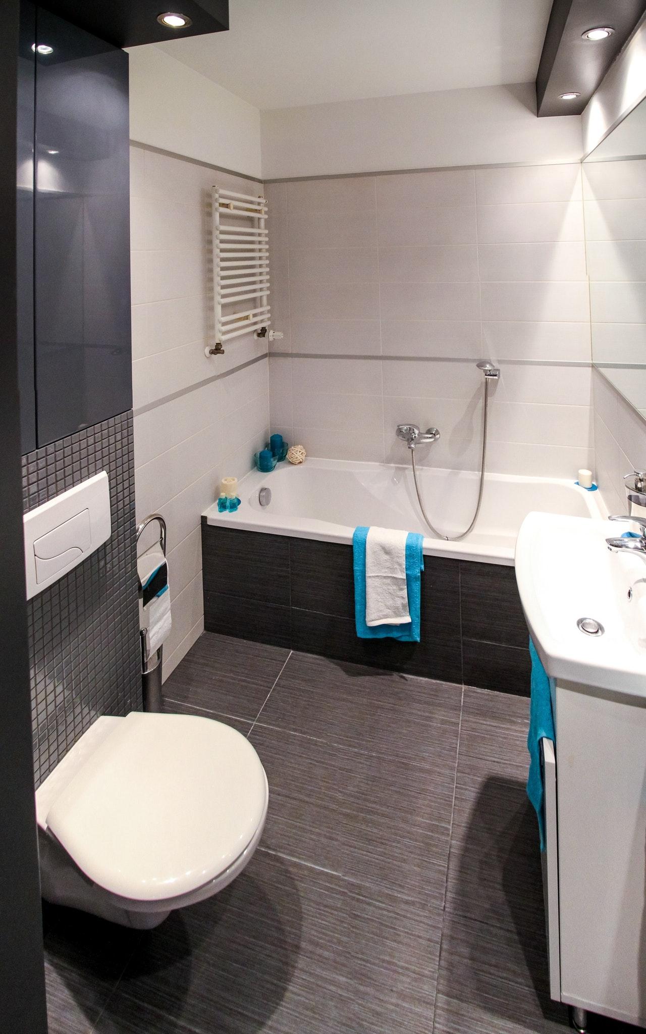 tualetes pods, vanna, izlietne